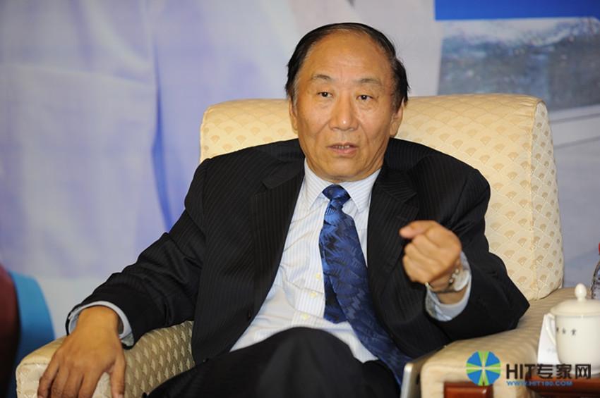 中国医院协会信息管理专业委员(CHIMA)常务副主任委员、北京协和医院原信息中心主任李包罗