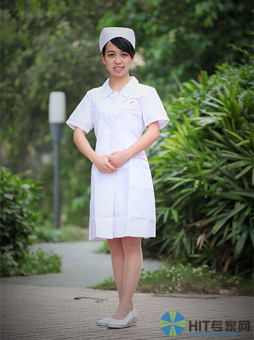 广西中医药大学护理学院 2010级学生李素娥