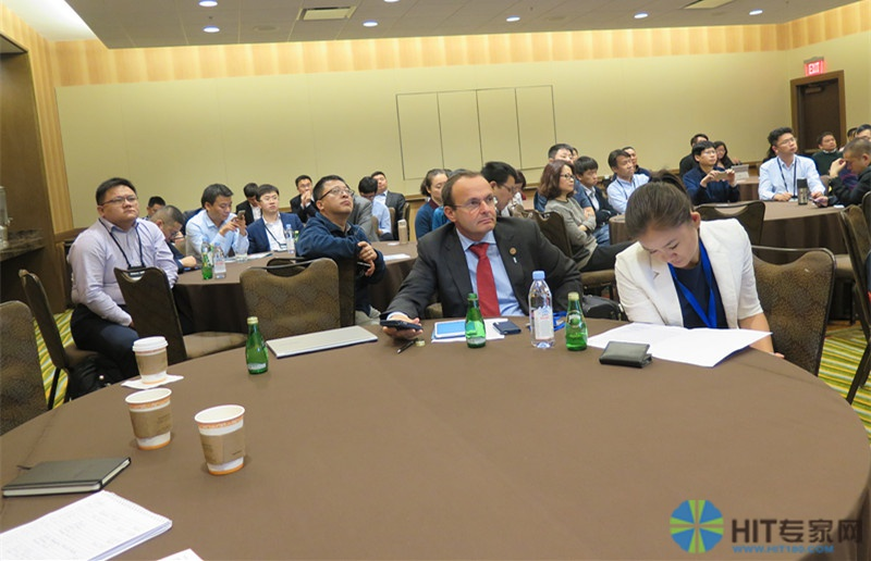 约有80名来自中国HIT界的企业代表,医院信息部门,以及部分在美的华人HIT同行参加了中国论坛。