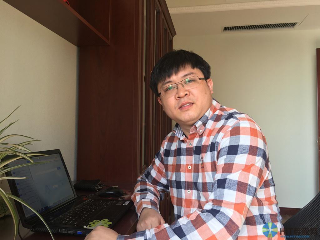 秦皇岛市妇幼保健院计算机中心  李巍