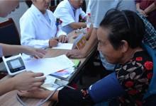 """潍坊市打响家庭医生签约""""第一枪"""":借力信息技术推个性化惠民服务包"""